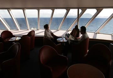 trasmediterranea_alboran_bar_seating2